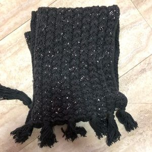 NWOT Gap Knitted Scarf